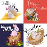 Le panier a décoré des oeufs de pâques sur l'herbe verte pour la célébration de vacances, lapins colorés Joyeuses Pâques de print Photographie stock