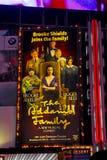 Le panneau-réclame de famille d'Addams, périodes NYC carré. Photos libres de droits
