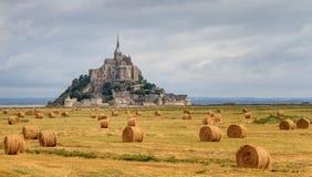 Le panorâmico Mont Saint-Michel imagens de stock royalty free