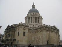 le PanthA©onn后面在巴黎 免版税库存照片