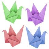 Le papercraft d'oiseau d'Origami effectué à partir réutilisent le papier Images libres de droits