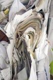 Le papier empilé et a emballé et prépare pour réutiliser Images libres de droits
