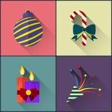 Le paquet d'icône de nouvelle année a inclus la boule, la sucrerie, les bougies et la comique de Noël Image stock