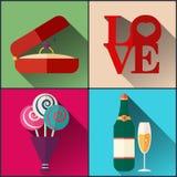 Le paquet de jour du ` s de Valentine a inclus des verres de champange, l'anneau de mariage, bouquet des fleurs Image stock