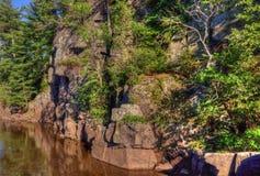 Le parc d'état d'un état à un autre est situé sur le St Croix River près de Taylo Photos stock