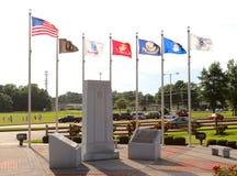 Le parc du vétéran avec des drapeaux ondulant, Memphis Tennessee Images libres de droits