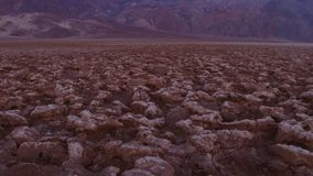 Le parc national de Death Valley étonnant - le cours d'or de diables clips vidéos