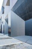 Le pareti esterne del senso semplice metallico fotografia stock libera da diritti
