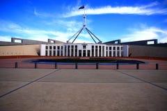 le parlement de Canberra de construction de l'australie photo stock