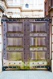 le parlement en bois brun dans l'antiquité de Londres murent Photographie stock libre de droits