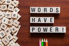 Le parole hanno alimentare il concetto di parola fotografie stock