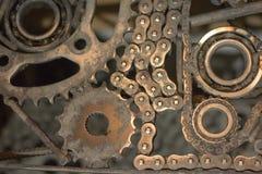 Le parti di metallo sono collegate l'un l'altro nello stesso aereo Fotografia Stock Libera da Diritti