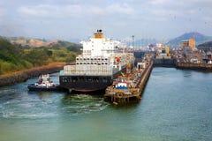 Le passage du canal de Panama Photos stock