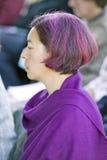 Le passionné assiste à la cérémonie bouddhiste d'habilitation d'Amitabha au bâti de méditation dans Ojai, CA Photographie stock