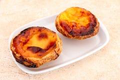 Le Pastel de nata est une pâtisserie portugaise de tarte d'oeufs Images stock