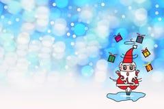 Le patin de glace de jeu de Santa Claus envoient un cadeau sur l'espace gauche blanc de bokeh éclatant bleu de fond et vide circu Photographie stock libre de droits