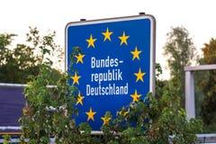 Le pays allemand se connectent une route Images libres de droits