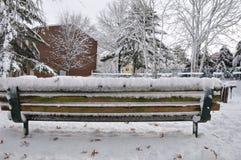 Le pays des merveilles d'hiver Bel endroit pour que chacun apprécie quand toute la l$occupation des sols avec la neige blanche Photos stock