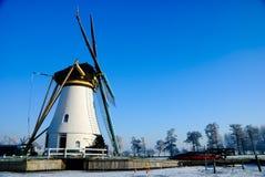 Le pays des merveilles de l'hiver en Hollande Image stock
