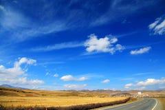 Le paysage automnal du plateau du Qinghai - du Thibet Images stock