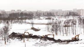 Le paysage changeant pendant l'hiver La disposition du parc La Russie St Petersburg 06 02 18 banque de vidéos