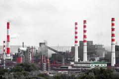 Le paysage d'une ville industrielle énorme image stock