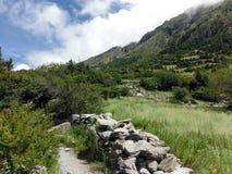 Le paysage de plaines du haut Himalaya Photo stock