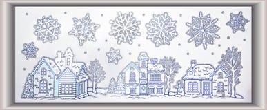 Le paysage de scène d'hiver avec les flocons de neige et l'argent de maisons scintillent Image libre de droits