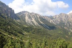 le paysage des montagnes italiennes a appelé Venetian Prealps dans les RP Photographie stock libre de droits