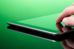 Le PC de tablette est vert (l'eco) Image libre de droits