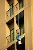 Le peintre étaient bâtiment refourbi Images libres de droits