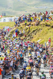 Le Peloton en montagnes - Tour de France 2016 Photo libre de droits
