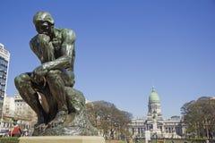Le penseur par Rodin images stock