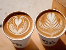 Le percentuali di Latte Art Coffee Fotografia Stock