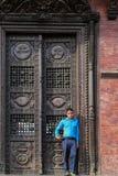 Le personnel dans le pashupatinath, Katmandou, Népal photos stock