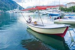 Le petit bateau de pêche Image libre de droits