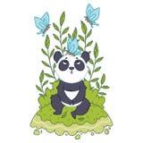 Le petit ours panda mignon s'asseyant dans un pr? et les papillons bleus volent autour illustration stock