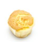 Le petit pain savoureux durcit sur le backgrond blanc Photos stock