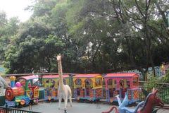 Le petit train de Thomas en parc d'attractions en parc de SHENZHEN Zhongshan image stock