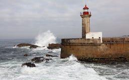 Le phare de Felgueiras à Foz font Douro, Portugal Image libre de droits