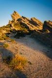 Le piante e le rocce a Vasquez oscilla il parco della contea, in Agua Dulce, Ca Fotografie Stock Libere da Diritti