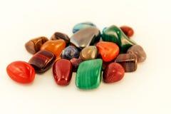 Le pietre preziose/Crystal Stone Types/pietre curative, le pietre di preoccupazione, pietre dei semi della palma, riflettono le p Immagini Stock