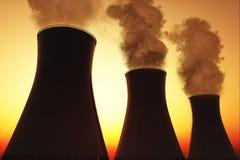 Le pile di fumo della centrale nucleare 3D rendono Fotografia Stock Libera da Diritti