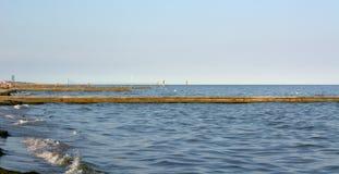 Le pilier sur l'Adriatique photo stock