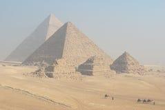 Le piramidi di Giza Fotografia Stock Libera da Diritti