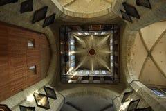 Le plafond d'églises, haut en haut ! images stock