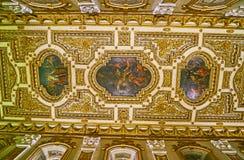 Le plafond de l'éloquence de la Co-cathédrale de St John, La Valette, Malte image stock