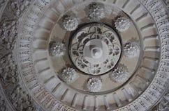 Le plafond, temple de Salasar Balaji, Akola, maharashtra image libre de droits