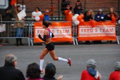 Le plan rapproché de 2014 de NYC femmes de marathon Photos libres de droits