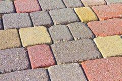 Le plancher concret coloré s'est réuni sur un substrat du sable ; type Image libre de droits